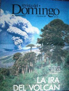 Revista del Domingo de El Mercurio con la erupción del Lonquimay en portada