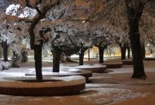 Plaza de Lonquimay nevada, vista nocturna